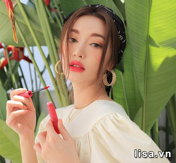 3CE Smoothing Lip Tint Dollyfied giữ nguyên thiết kế truyền thống
