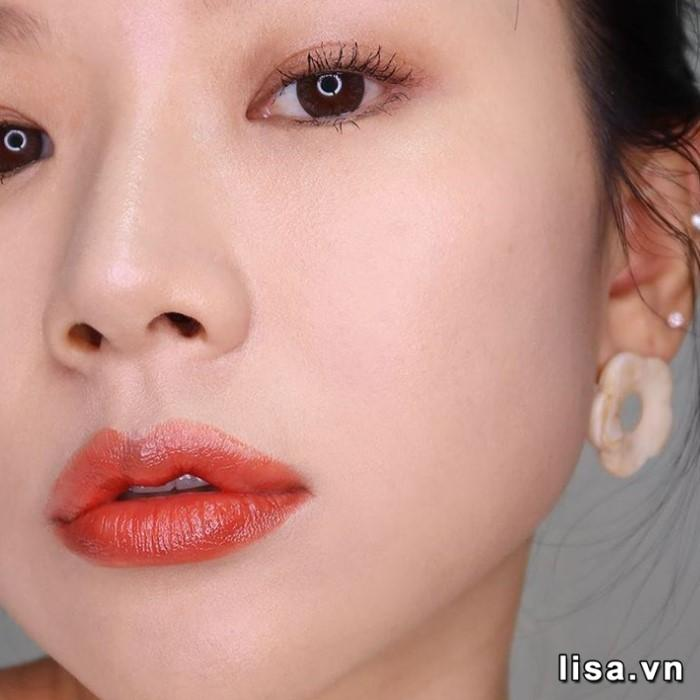 Gucci 302 Agatha Orange cho khuôn mặt nàng thêm đẹp hoàn hảo