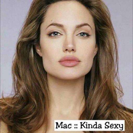 Angelina Jolie rạng ngời với sắc cam nude của MAC Kinda Sexy