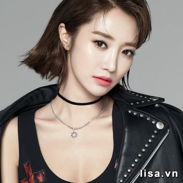 Chất son lì nhẹ nhàng cho nàng tự tin cả ngày (Ảnh Go Joon-hee)