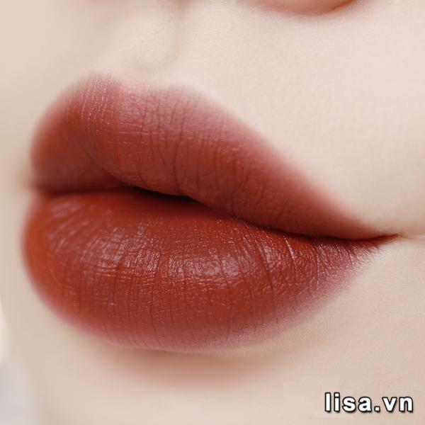 Set son Mac Brick Red Lipstick Duo - Chất son lì mịn màng