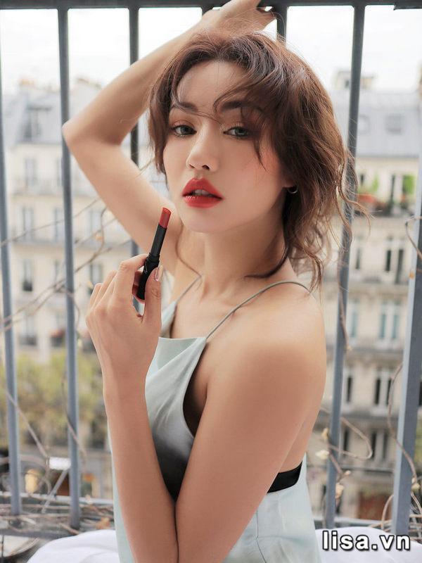 Sắc son 3CE Slim Velvet Lip Color Màu Fluffy Red cực trendy