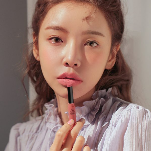 Son 3CE Slim Velvet Lip Color Màu Sand Lily - Hồng Nude 4
