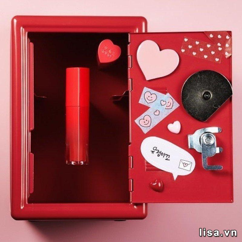 Cây son Black Rouge H01 món quà dành tặng các nàng thơ
