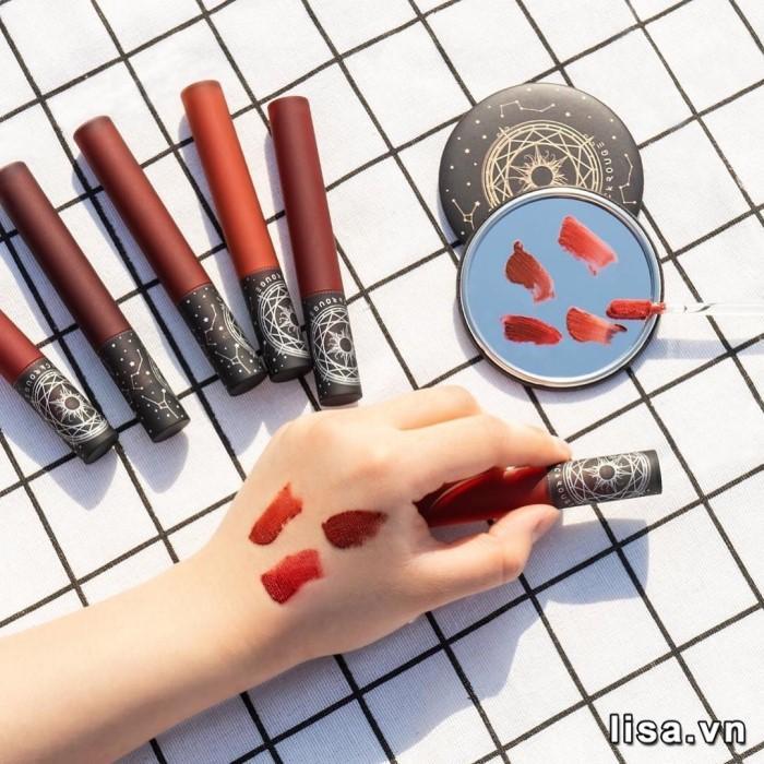 Black Rouge Cream Matt Rouge CM01 có thiết kế tỉ mỉ, gọn nhẹ