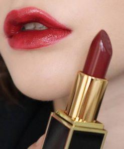 Velvet Cherry là màu Hot bậc nhất của Tom Ford