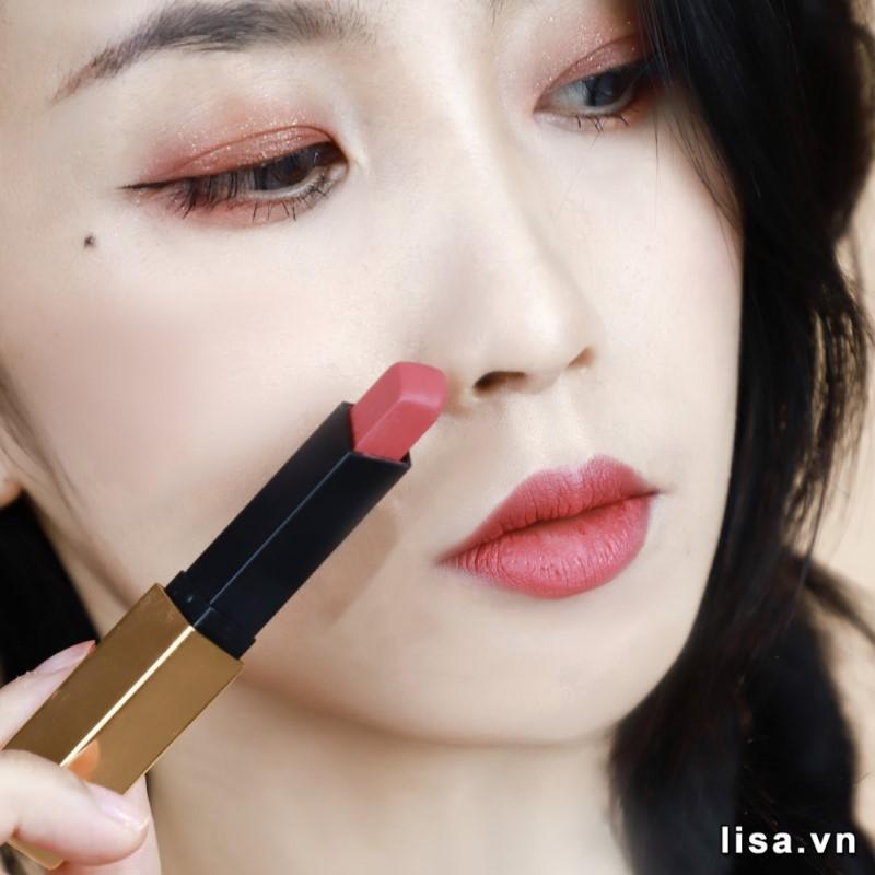 Son YSL Slim 12 Nu Incongru lên môi cho nàng nét đẹp hoàn hảo