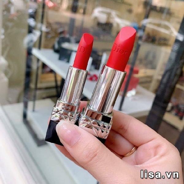 Dior Rouge 999 Matte phiên bản mini 1,5g nhỏ hơn một nửa so với bản full 3g