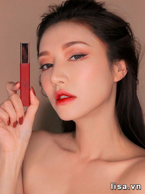 3CE Macaron Red lên môi hấp dẫn mọi ánh nhìn
