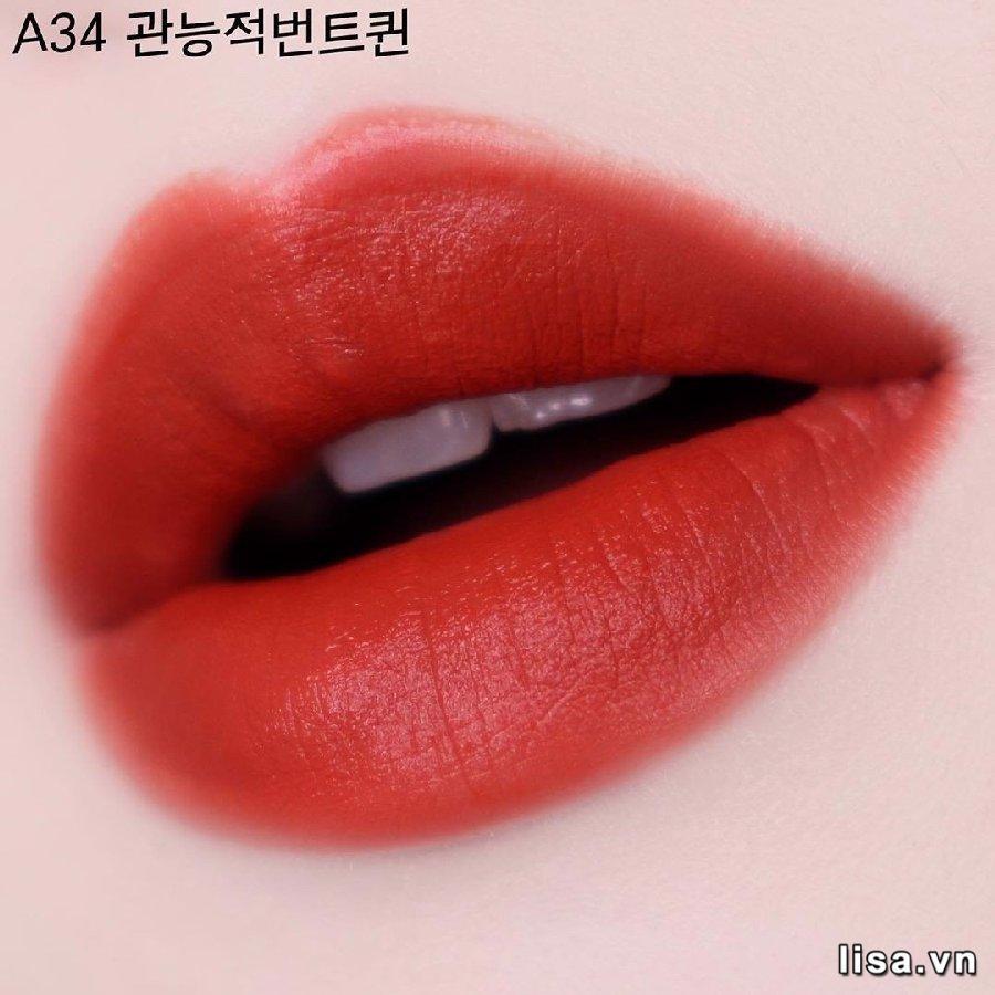 Chất son Black Rouge A34 mềm mịn như lụa, kết cấu mỏng nhẹ