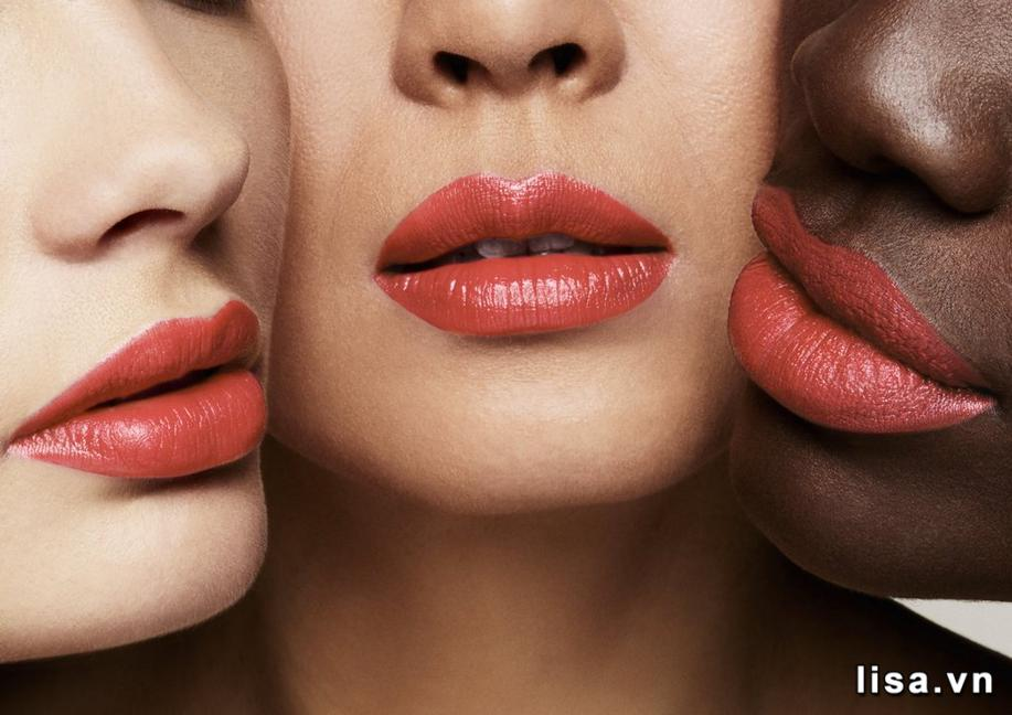 Chất son Tom Ford Lip Color Satin Matte 05 Peche Perfect mịn màng, giàu dưỡng