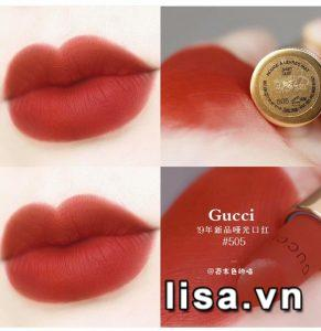 Son Gucci 505 Janet Rust sở hữu tone đỏ gạch đẹp mắt