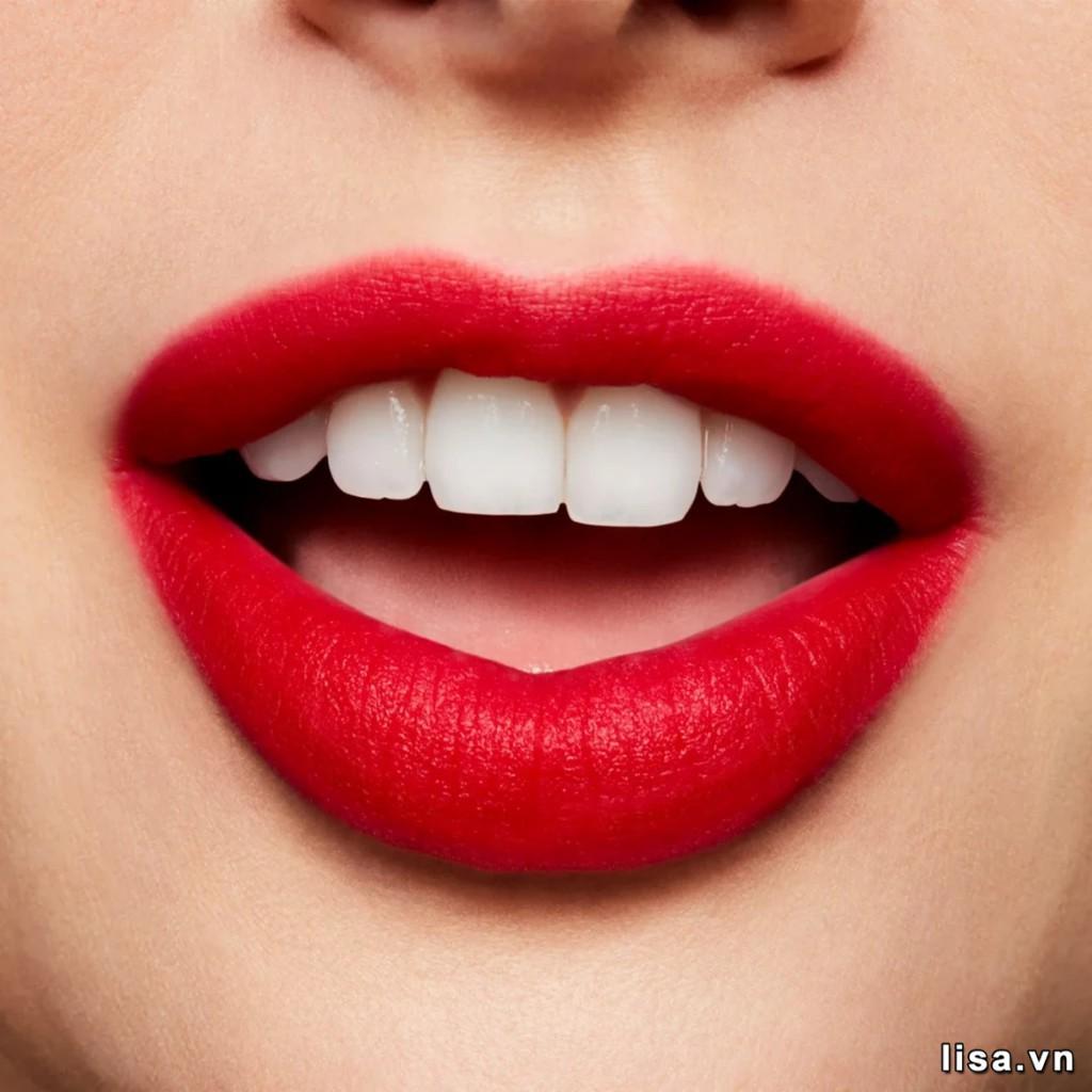 Chất son kem MAC 987 đánh mịn môi