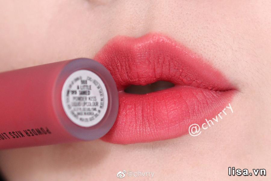 Chất son MAC Powder Kiss Liquid 988 A Little Tamed mềm mịn như lụa