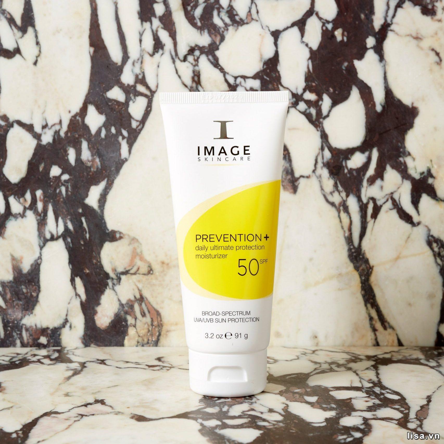Kem chống nắng Image Prevention Daily Ultimate Moisturizer SPF 50+hấp tthụ dầu thừa hiệu quả