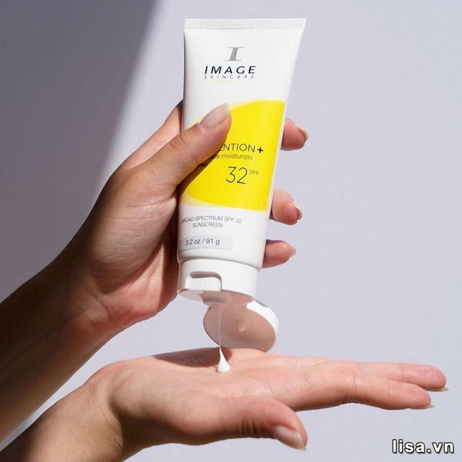 Image Skincare Prevention+ Daily Matte Moisturizer SPF32 có khả năng chống nắng phổ rộng