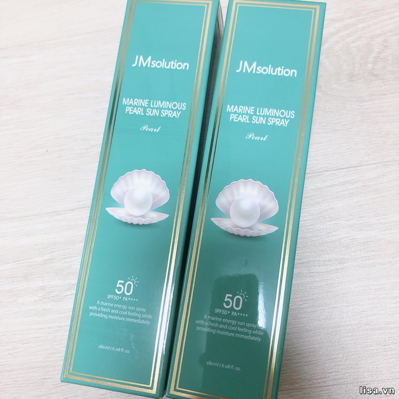 Xịt chống nắng JM Solution Marine Luminous Pearl Sparkling Cooler có chiết xuất ngọc trai rất tốt cho da
