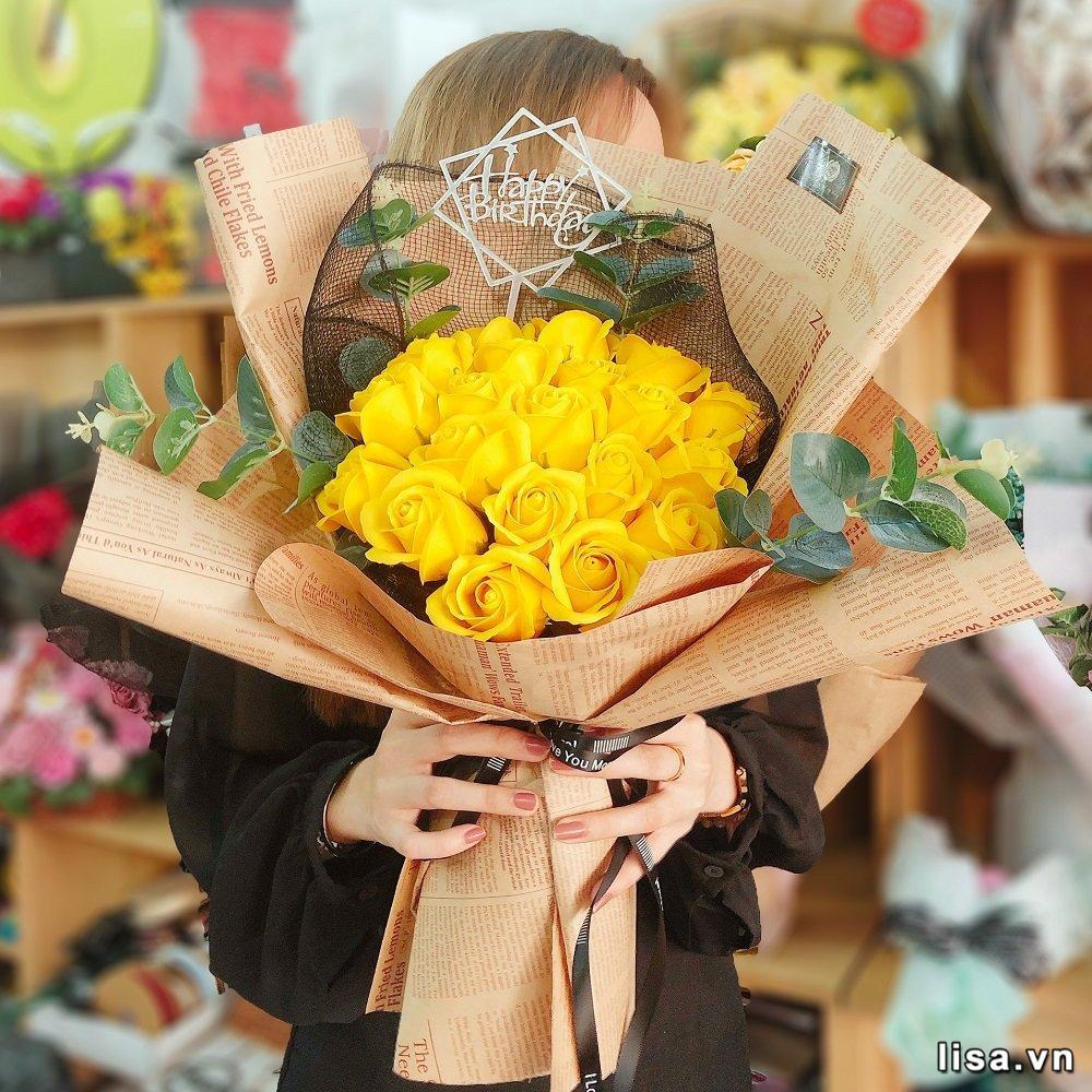 Hoa hồng vàng là biểu tượng của tình bạn - món tặng quà sinh nhật người yêu cũ ý nghĩa