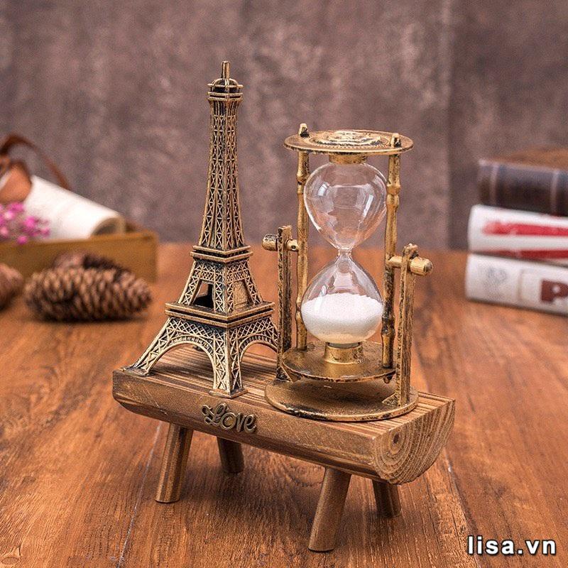 """Đồng hồ cát tượng trưng cho tình yêu vĩnh hằng là lựa chọn cho câu hỏi """"tặng gì trong ngày kỉ niệm 1 năm yêu nhau"""""""