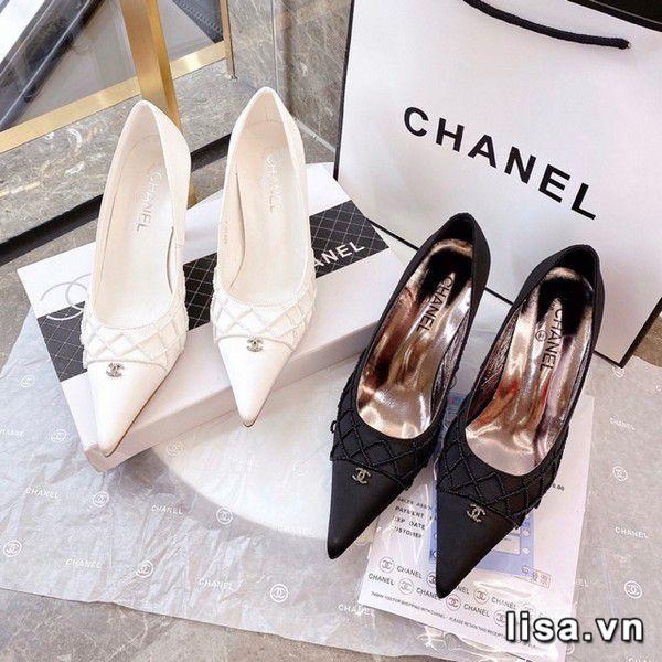 Giày cao gót giúp tôn dáng phái đẹp