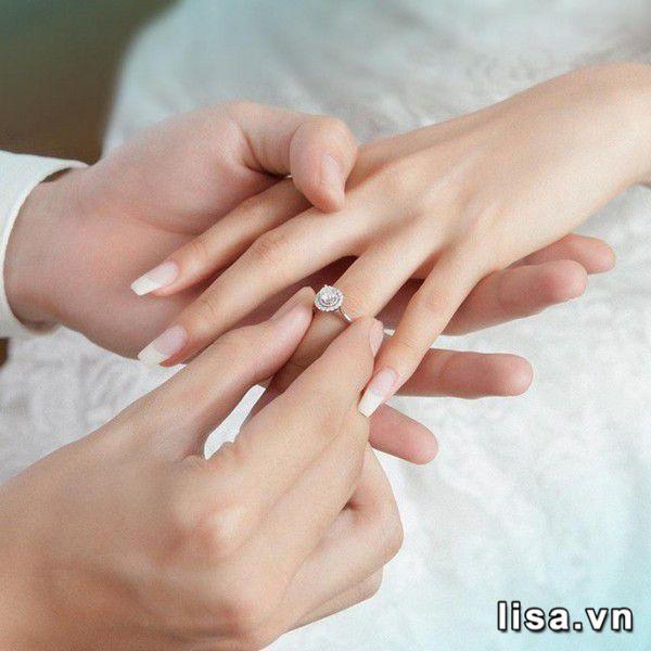 Trong tình yêu, nhẫn mang ý nghĩa thiêng liêng lắm!