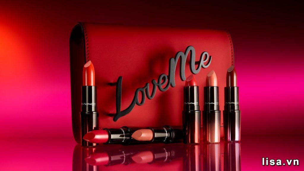 Review Son MAC Love Me Lipstick Vẻ Đẹp Huyền Bí Khiến Nàng Mê Mẩn