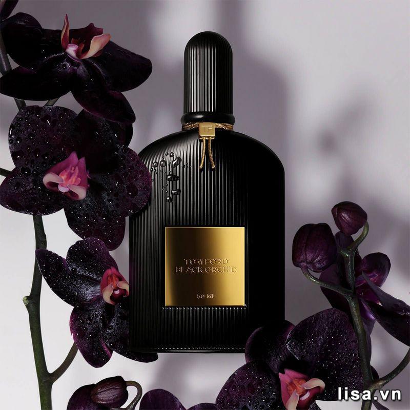 Tom Ford Black Orchid thích hợp với những cô nàng đang theo đuổi phong cách gợi cảm, hiện đại