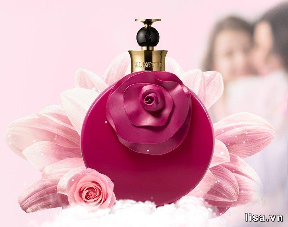 Valentina Rosa Assoluto EDP có hương sắc ngọt ngào như tình yêu đầu đời