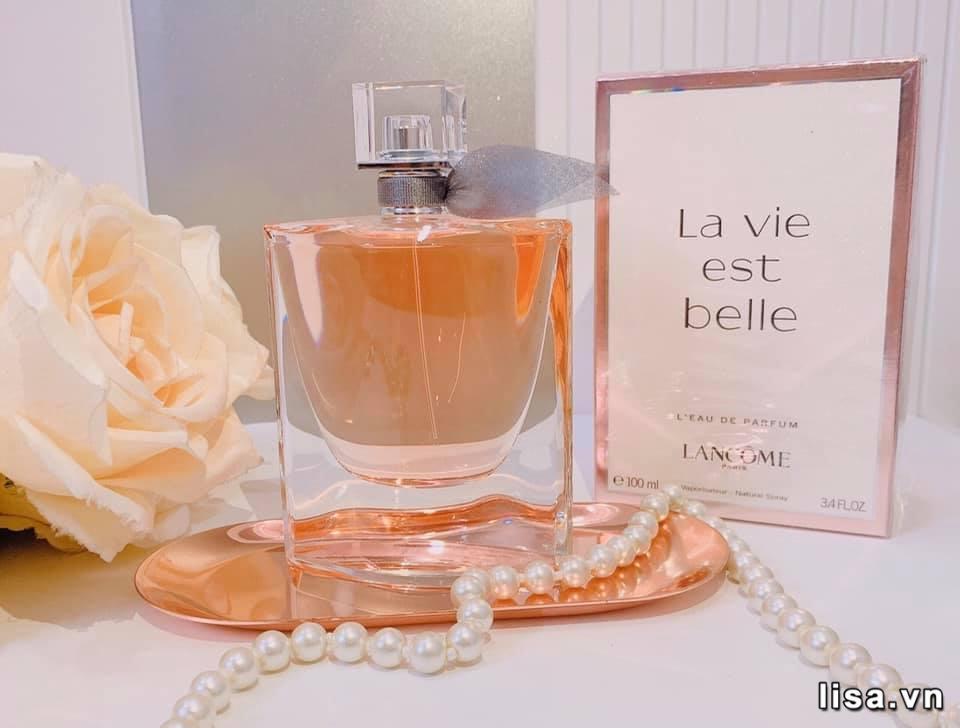 La Vie Est Belle Lancome có khả năng lưu hương rất ấn tượng